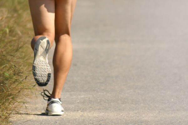 ジョギング ランニング 違い