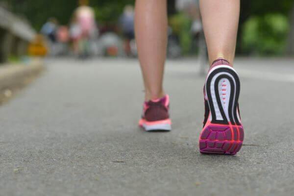 ジョギング 頻度 効果的 健康 毎日
